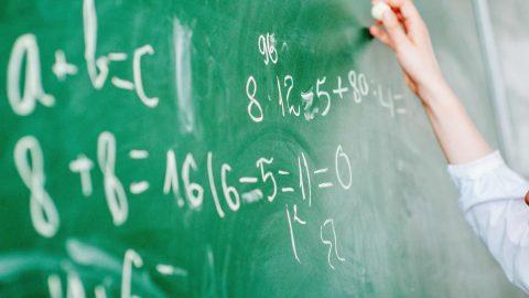 高校数学の復習にも最適!はじめてから学べる「数学・工業数学」シリーズ